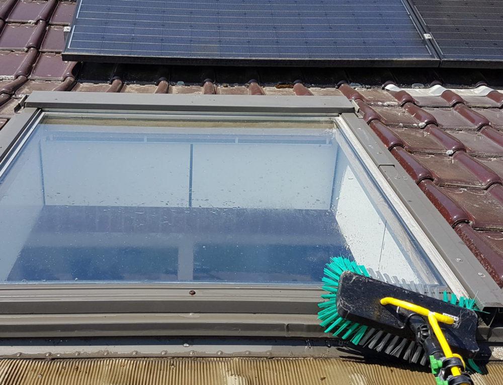 Reiniging ramen te Neerpelt